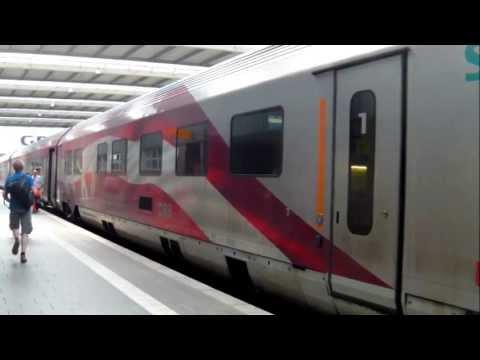 Der Ski-WM railjet am Hauptbahnhof von München