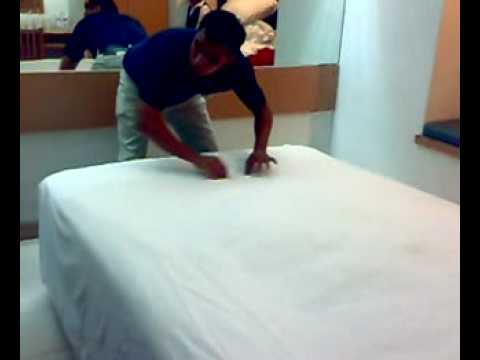how to make a hotel bed fast 2