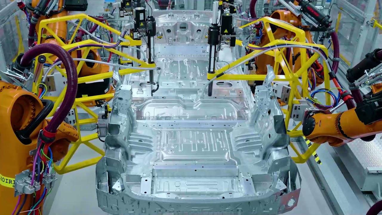 Download Production BMW iX at Plant Dingolfing
