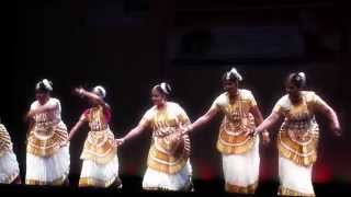 Kalavanikal Paadi : Mohiniattom Fusion by Sowparnika dance Academy