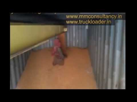 Container Filling Conveyor at high speed