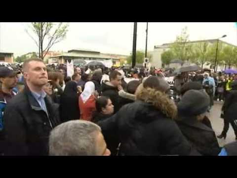 Marche blanche à Trappes dans les Yvelines