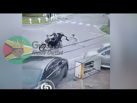Motorcycle bandits attempted robbery