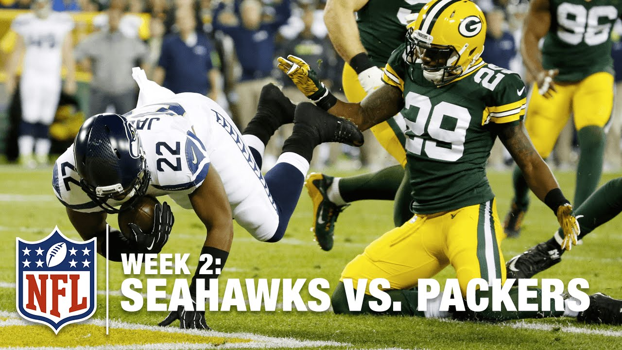 Russell Wilson Finds Fred Jackson for the Score! | Seahawks vs. Packers | NFL