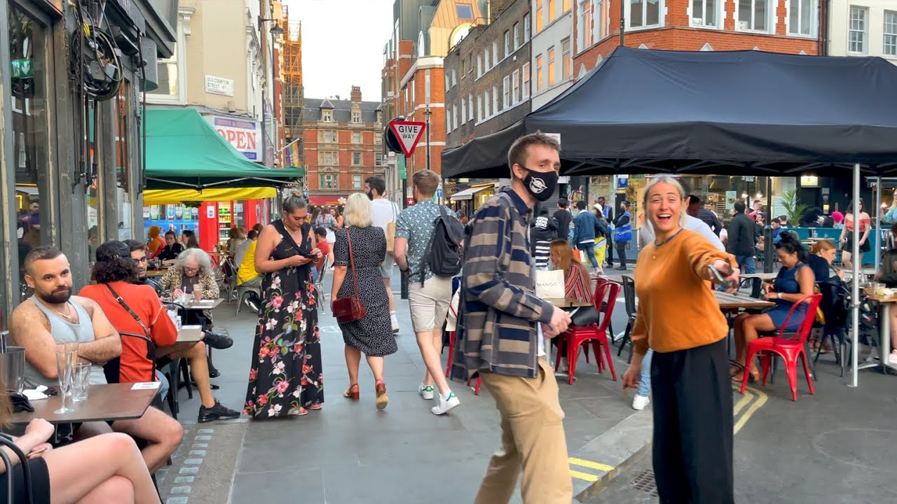 Lively Soho & West End on Sunny Bank Holiday 🥳 London Walk   4K HDR   May 2021