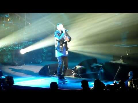 Macklemore & Ryan Lewis - Opening + Ten Thousand Hours Live at O2 World Berlin 25.09.2013 [HD&HQ]
