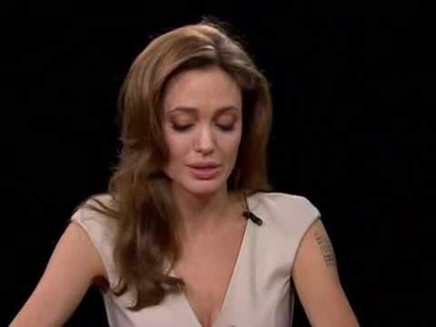 Angelina Jolie dans l'émission Charlie Rose - Décembre 2011