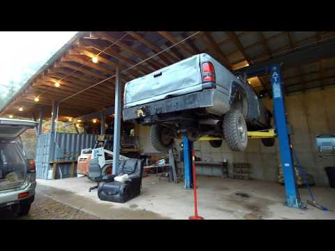 Fixing a pickup truck exhaust and talking about trucks