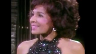 Shirley Bassey - SOMETHING  / Let Me Sing And I