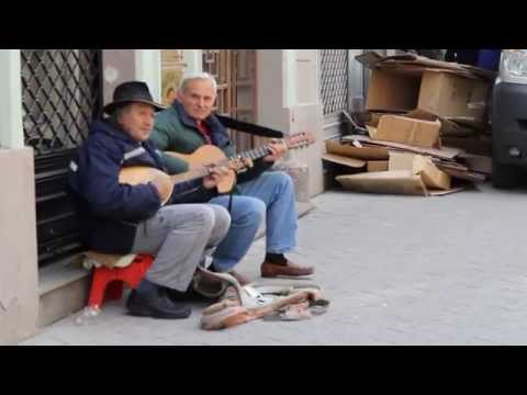Remove Kebab played on guitar in the streets