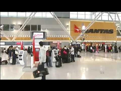 Qantas industrial action continues