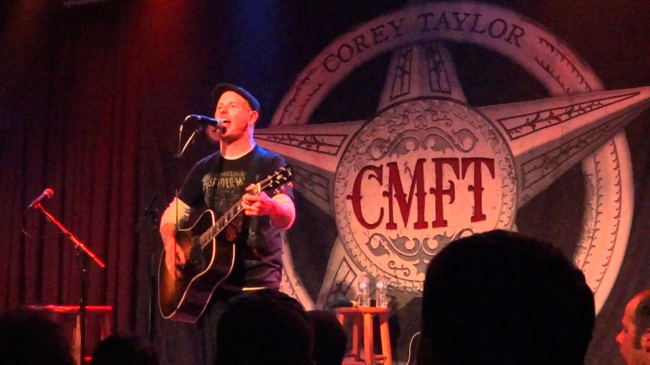 Corey Taylor-X-M@$(Christmas Song)(acoustic) - YouTube
