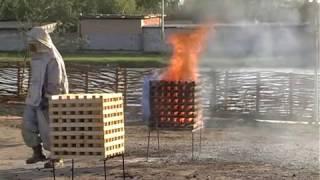 Попытка тушения модельного очага 2А некачественным порошковым огнетушителем ОП-4(з)(, 2017-01-14T18:11:26.000Z)