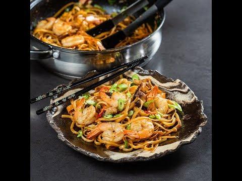 Noodles cu creveți și ciuperci shiitake