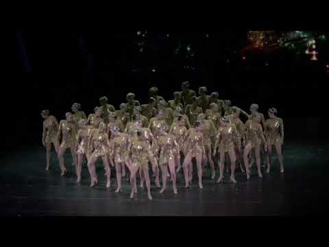 Radio-City-Rocketettes-CHRISTMAS-SPECTACULAR-Final-Number