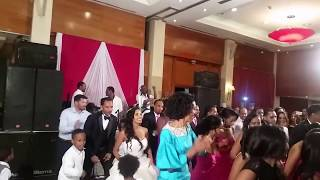Ethiopian wedding dancing  wobble