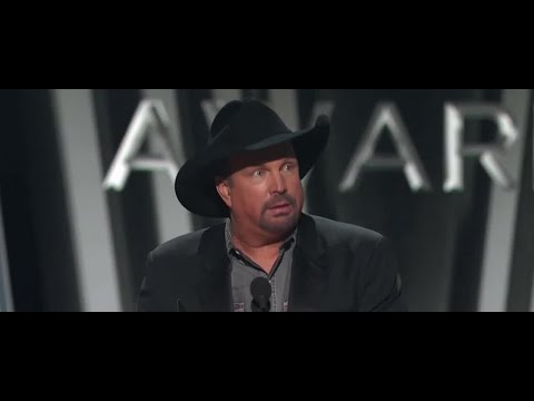 UPDATE: Garth Brooks drive-in concert sold out