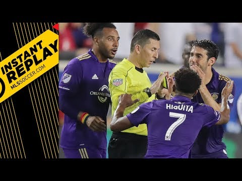 Kaka gets red card for putting hands on opponent's face