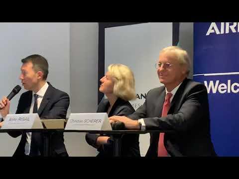 Air France A350 Delivery. Benjamin Smith CEO AF KLM