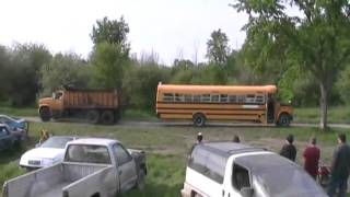 dumptruck versus school bus, tug of war Davidsfarmison[bliptv]now