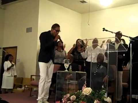 "Deitrick Haddon Performing ""He's Able"" at New Antioch COGIC"
