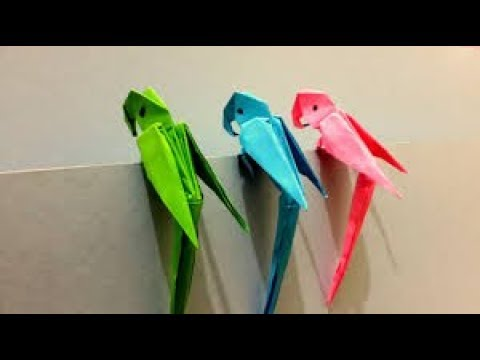 how to make a parrot in paper art.