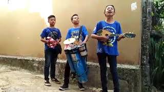 Download Video Pengamen cilik Cirebon (VIRAL)Juragan empang MP3 3GP MP4