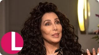 Baixar Lorraine Tries to Persuade Cher to Go on RuPaul's Drag Race! | Lorraine