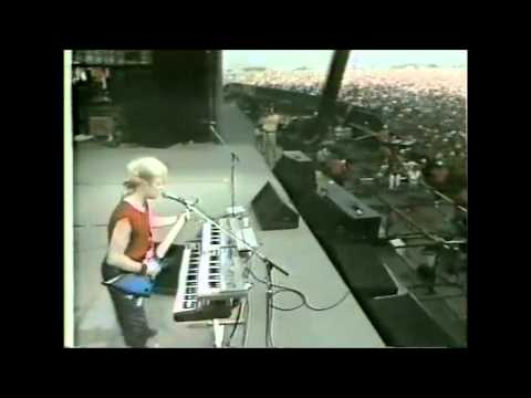 """""""You Can Run"""" - A Flock Of Seagulls - US Festival (1983)"""