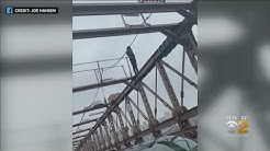 Exclusive: Passerby On Brooklyn Bridge Helps Talk Down Man Standing On Ledge