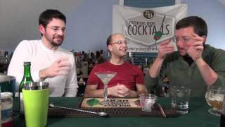 How To Make The Gibson Cocktail