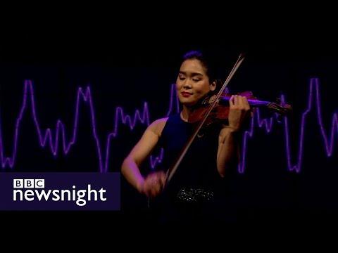 Esther Yoo plays Bach's Partita No. 3 - BBC Newsnight
