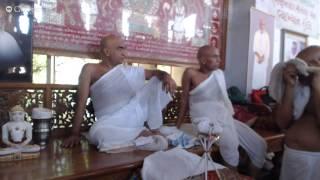 Samvatsari Pratikraman - Panyas Chandrajeet Vijayji Maharaj & Panyas Indrajeet Vijayji Maharaj