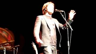 Watch Rufus Wainwright Chicago video