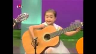 """Корейские дети играют тему из """"пиратов Карибского моря"""""""