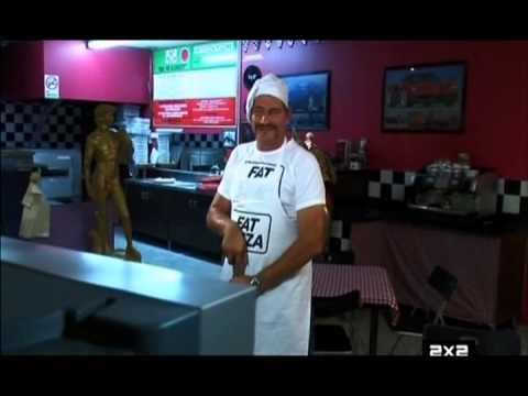 ЖЫрная пицца / Fat Pizza 1 серияиз YouTube · Длительность: 24 мин39 с  · Просмотры: более 3.000 · отправлено: 19.05.2013 · кем отправлено: Bazinga TVru