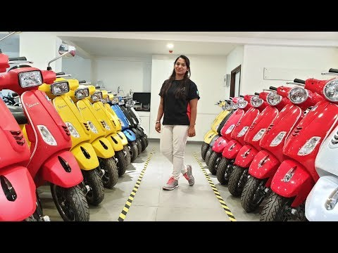 Vespa Scooter All Color,Variants,Price&Specs Explained by Executive|Detail Walkaround Video