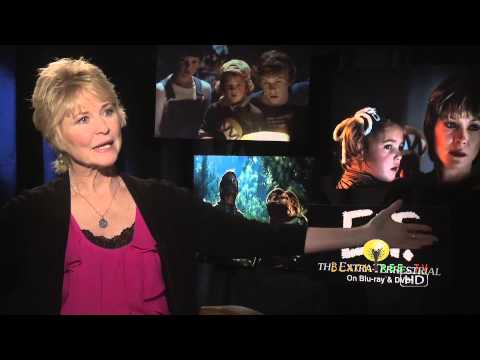 Dee WallaceStone remebers the making of E.T. The ExtraTerrestrial
