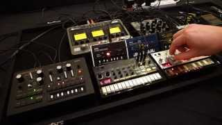 KORG Volca Beats and Bass Jam Session (oLLiLab - KORG OD Dub)