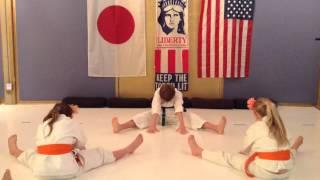 Basic Warm Up #1a @ Manhattan Beach Traditional Shotokan Karate-do