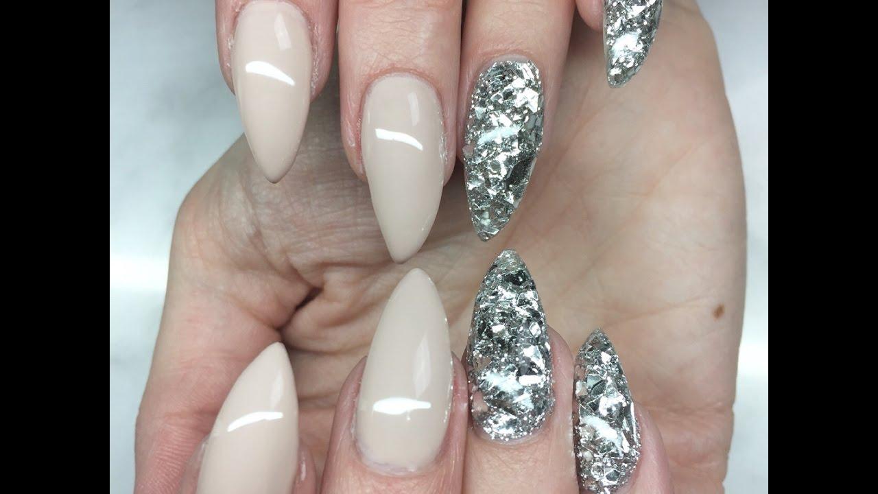flakes naglar
