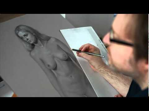 Pencil hyperrealism in action