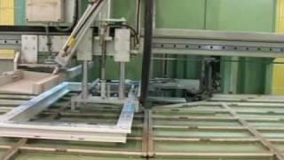 oknagost.ru   Изготовление  окна  пвх сварка  профиля.mpg(Технология изготовления пвх окна, сварка профиля. Производство окна пвх. Компания Окна-Град., 2010-03-15T19:05:53.000Z)