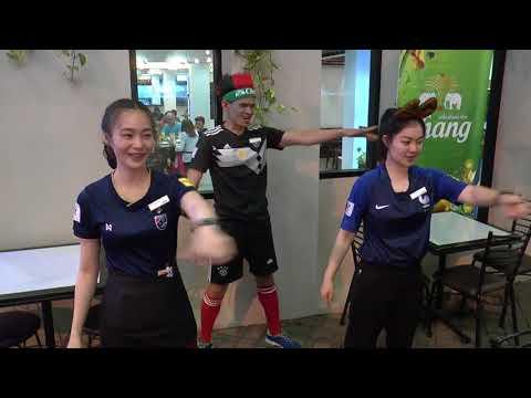 Suriwongse Hotel Chiang Mai dance team