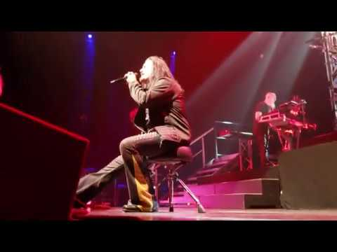dream theater live through her eyes chicago march 29 2019 chicago theater 1st row s9 1080. Black Bedroom Furniture Sets. Home Design Ideas