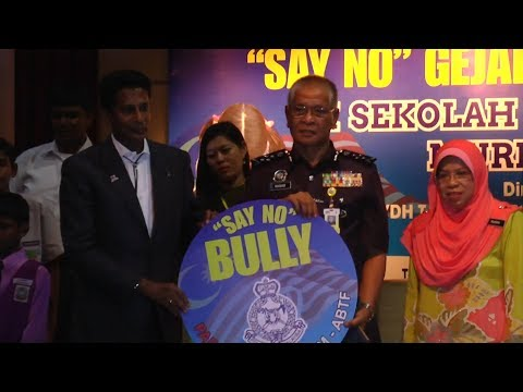 Police, teachers and parents should curb school bullying together