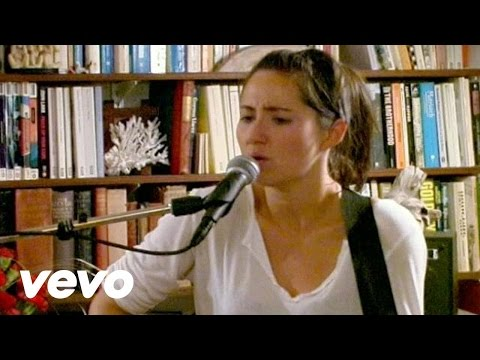 Клип KT Tunstall - Throw Me A Rope