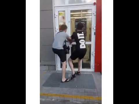 Полиция Новосибирска объявила в розыск участников конфликта в магазине