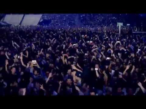 JAY Z - Niggas In Paris (Live - OTR Tour)