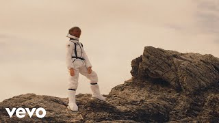 Hard Lights, Behmer - I Wanna Dance with Somebody (Lyrics Video) ft. The High